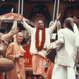 hare-krishna-3-classic-sf-rathayatra-closer-4
